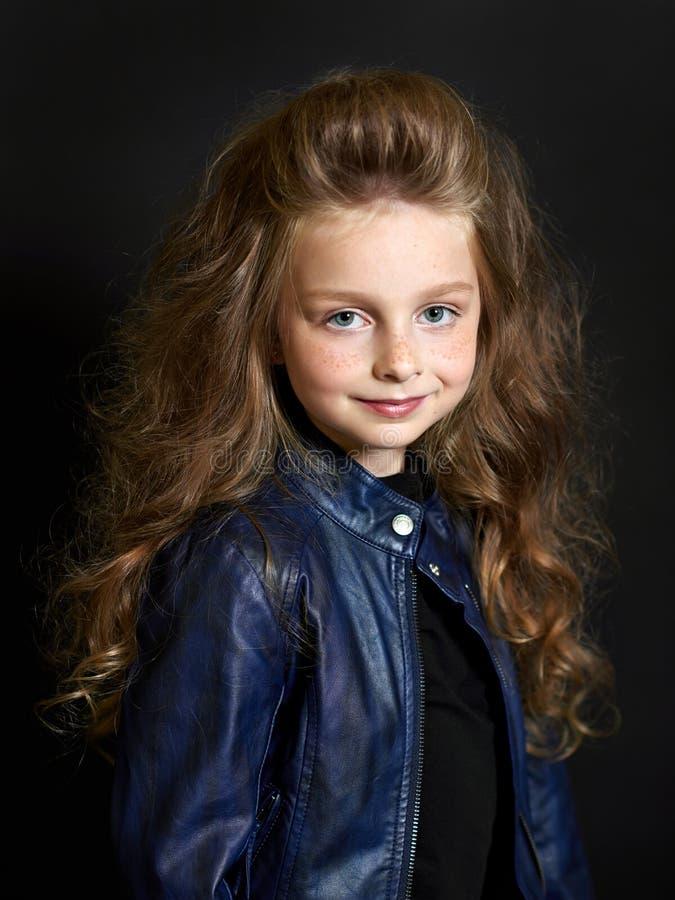 Retrato da criança bonita fotografia de stock