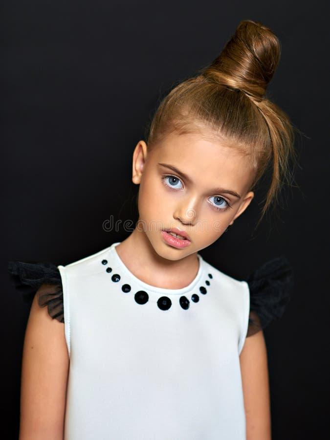 Retrato da criança bonita fotografia de stock royalty free