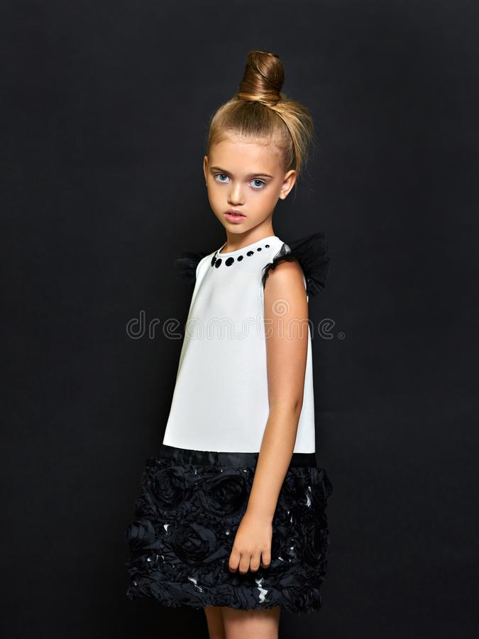 Retrato da criança bonita foto de stock