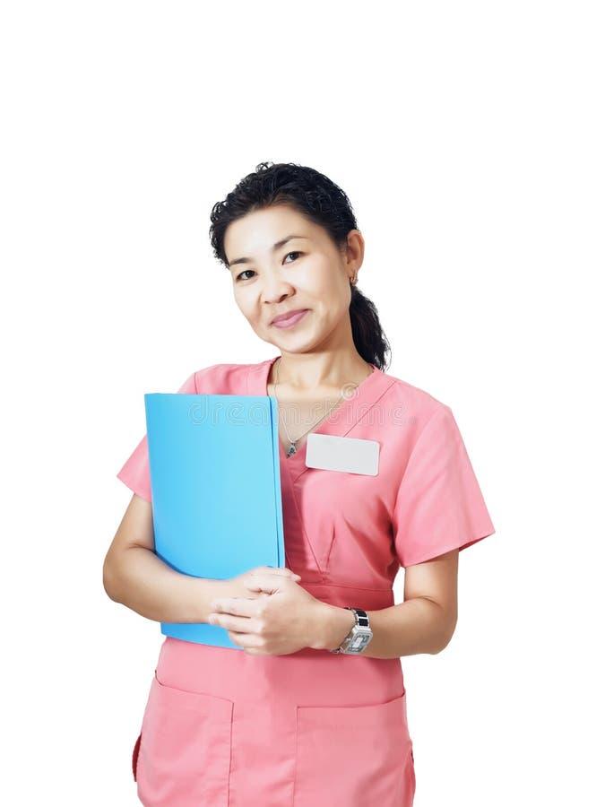 Retrato da enfermeira asiática nova isolada no fundo branco foto de stock royalty free