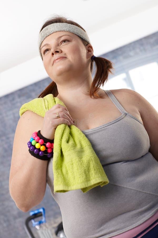 Retrato da fêmea do excesso de peso fotografia de stock royalty free