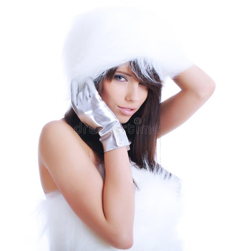 Retrato da forma do inverno da mulher 'sexy' imagens de stock