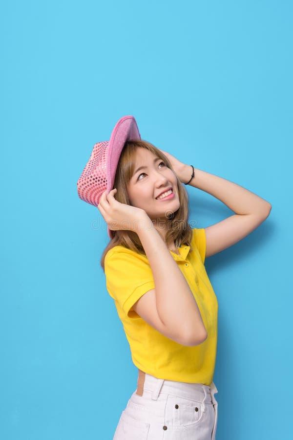 Retrato da forma da menina asiática bonita nova imagem de stock royalty free