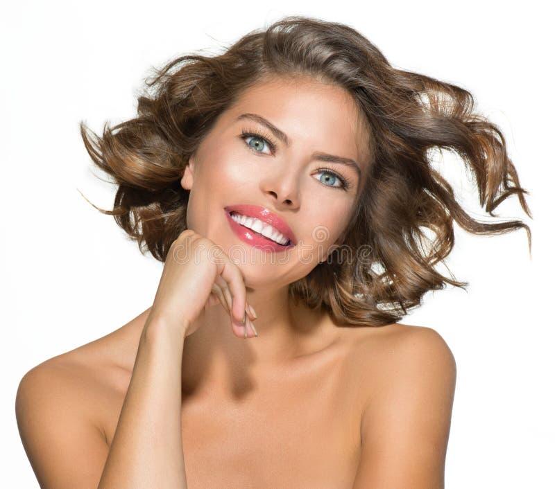 Retrato da jovem mulher da beleza imagens de stock royalty free