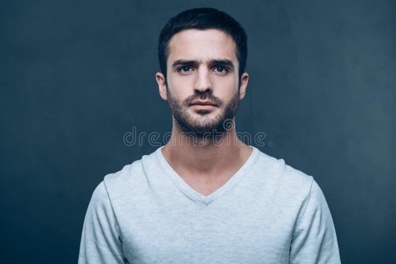 Retrato da masculinidade imagem de stock