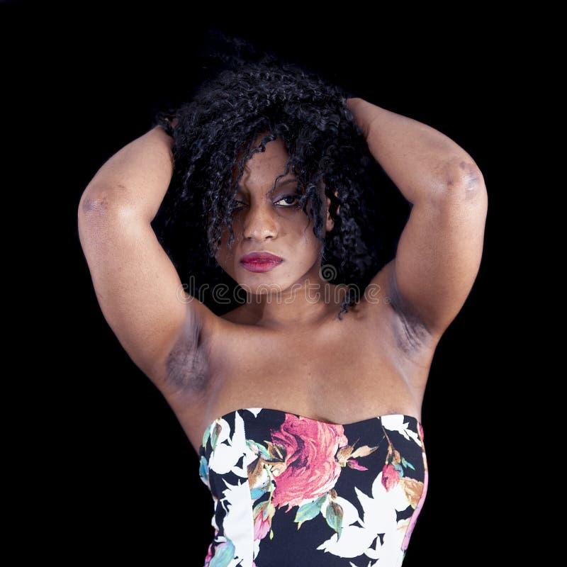 Download Retrato Da Menina Afro-americano Nova Bonita Foto de Stock - Imagem de étnico, escuro: 80102062