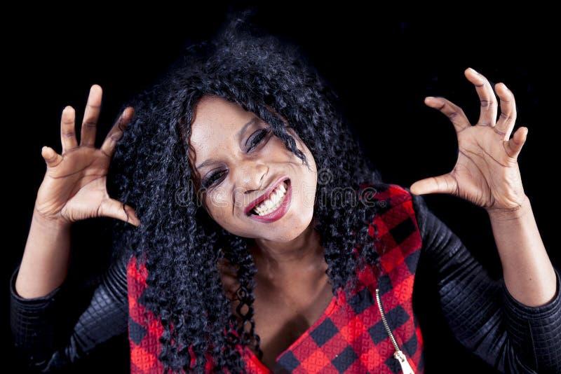 Download Retrato Da Menina Afro-americano Nova Bonita Imagem de Stock - Imagem de curly, americano: 80102675