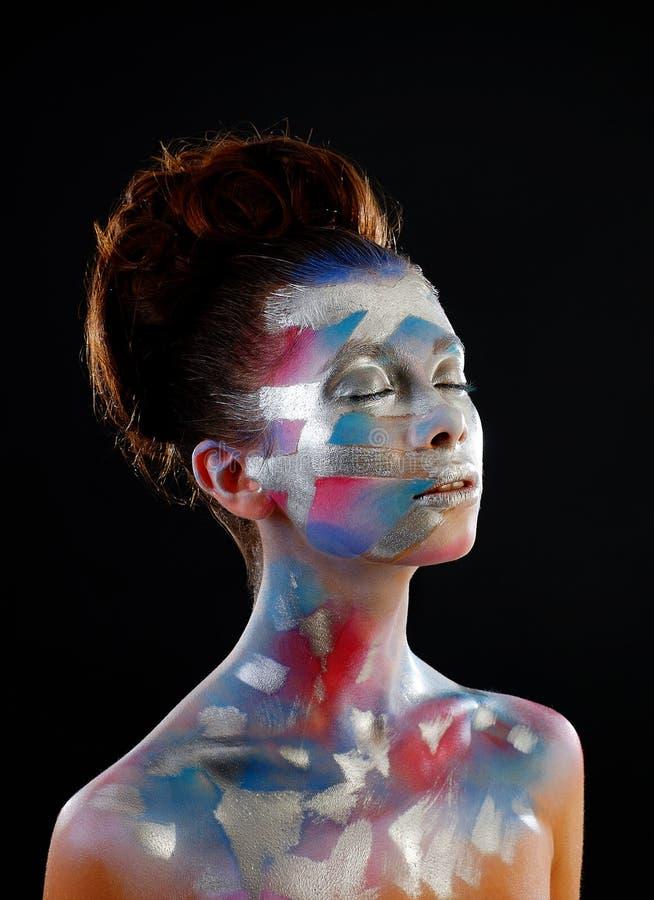 Retrato da menina bonita com composição brilhante da arte da forma imagens de stock