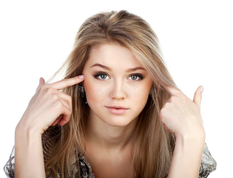 Retrato da menina bonita fair-haired. fotos de stock