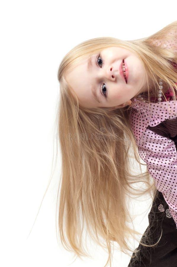 Retrato da menina bonito pequena com cabelo longo fotografia de stock royalty free