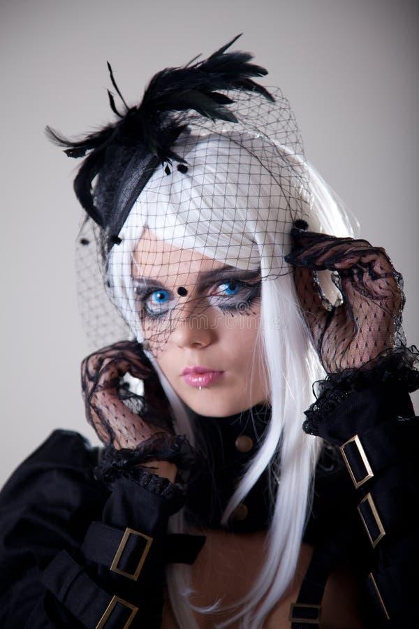 Retrato da menina da fantasia com composição creativa fotos de stock