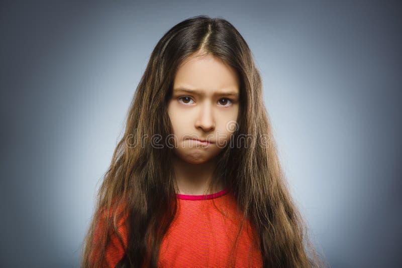 Retrato da menina da ofensa Emoção humana negativa imagem de stock royalty free