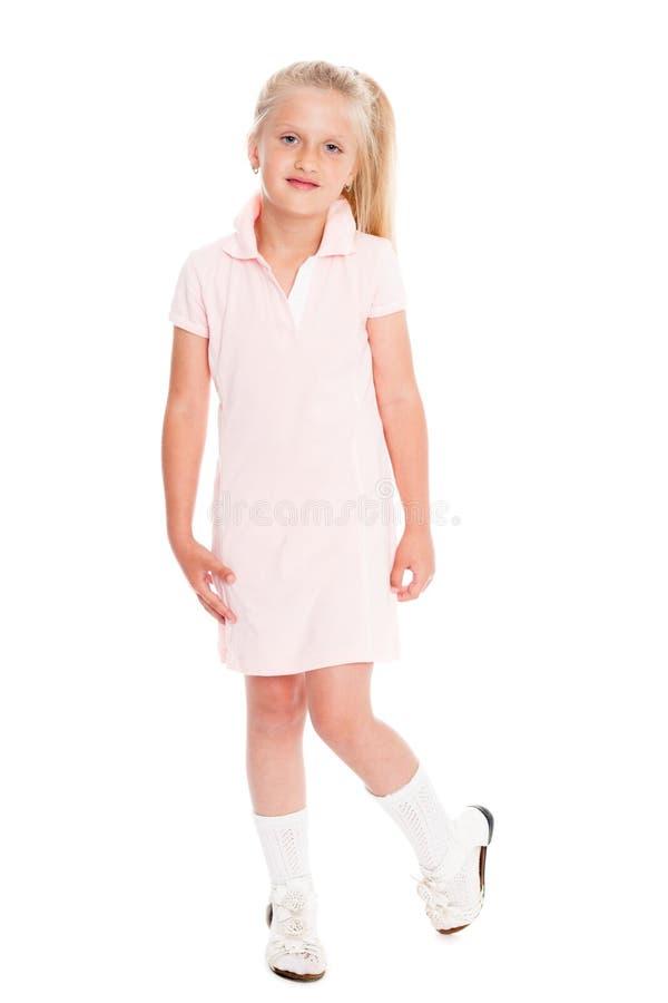 Retrato da menina loura no vestido cor-de-rosa imagens de stock royalty free