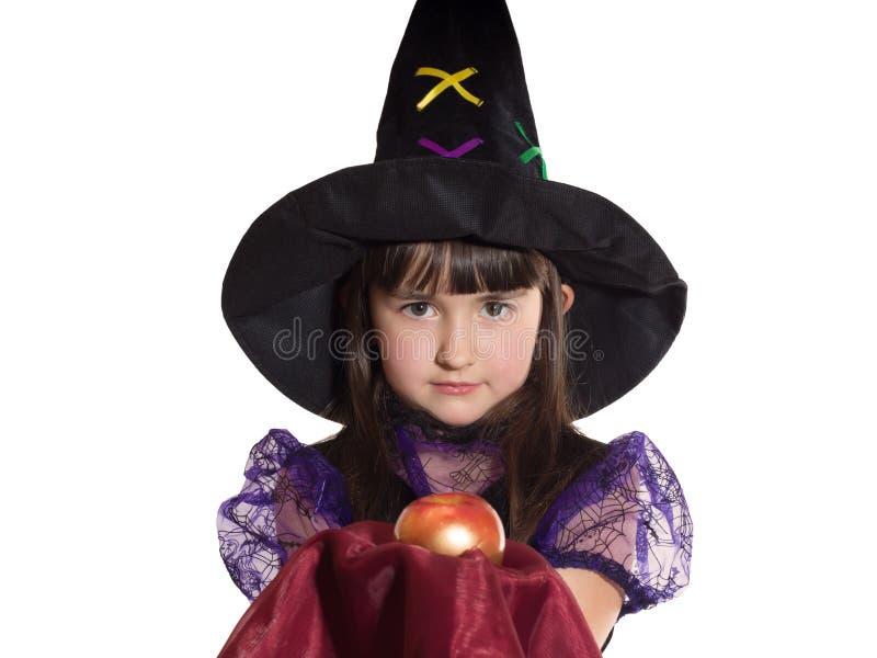 Retrato da menina no traje do mágico foto de stock