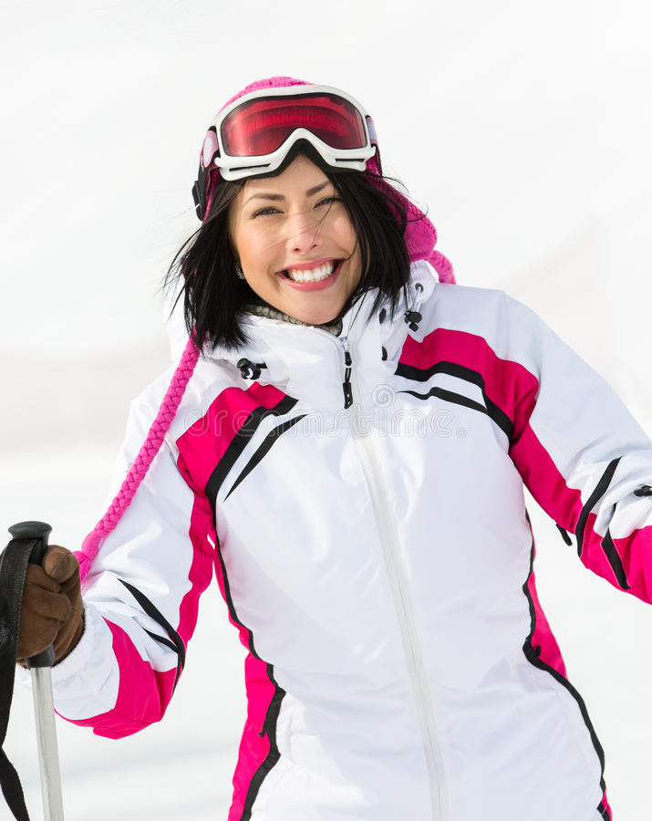 Retrato da menina que vai esquiar foto de stock royalty free