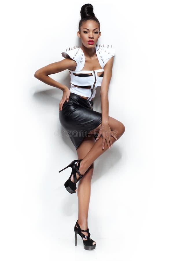 Retrato da menina sensual da forma. imagem de stock