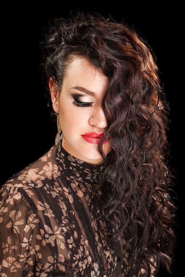 Retrato da mulher à moda bonita imagem de stock royalty free