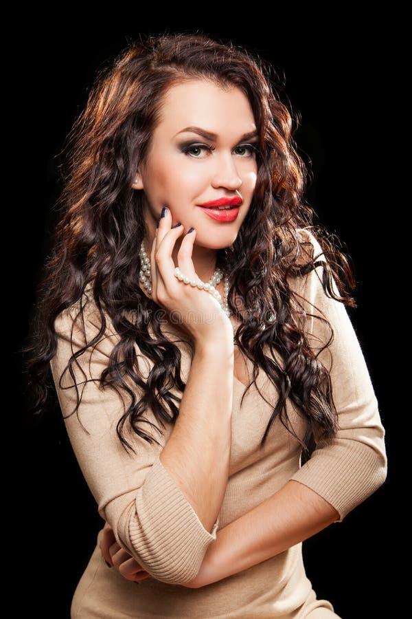 Retrato da mulher à moda bonita fotografia de stock royalty free