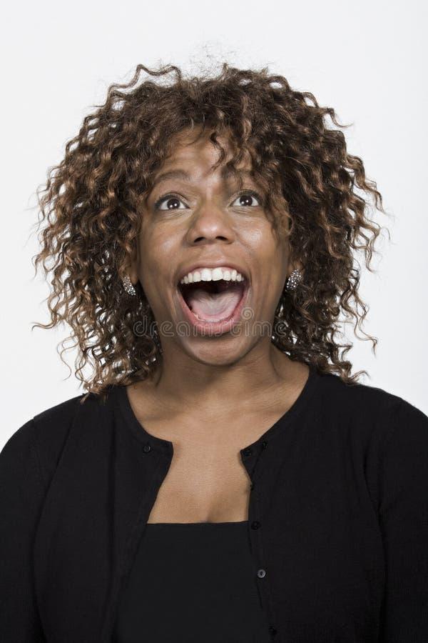 Retrato da mulher afro-americano adulta meados de fotos de stock