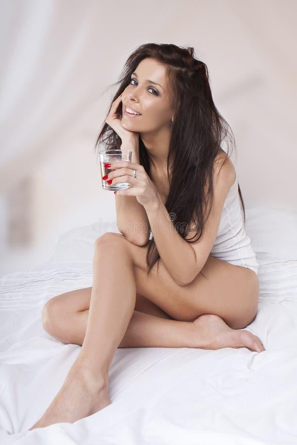 Retrato da mulher bonita fotografia de stock royalty free