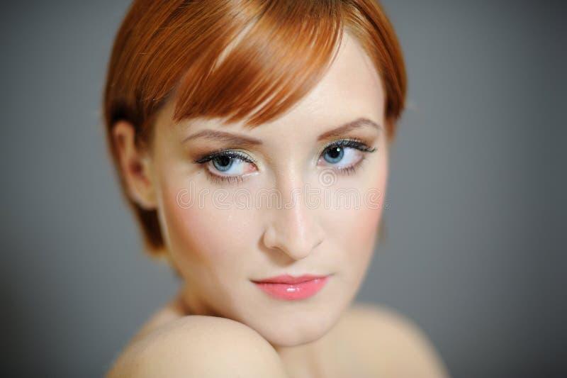 Retrato da mulher bonita com pele saudável pura fotografia de stock