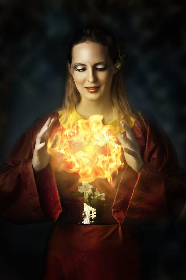 Retrato da mulher bonita nova - fairy imagem de stock