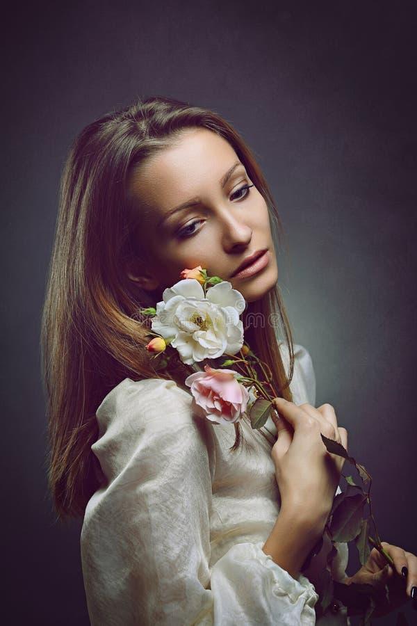 Retrato da mulher bonita triste foto de stock