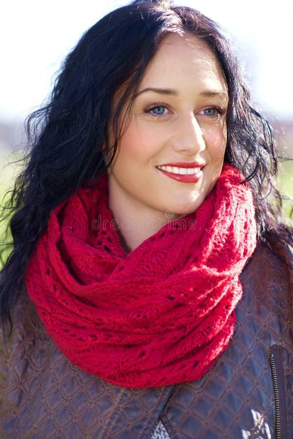 Retrato da mulher consideravelmente nova foto de stock royalty free