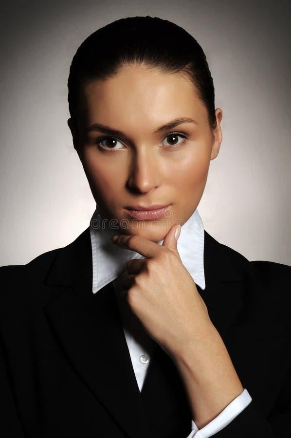 Retrato da mulher de negócio séria fotografia de stock royalty free