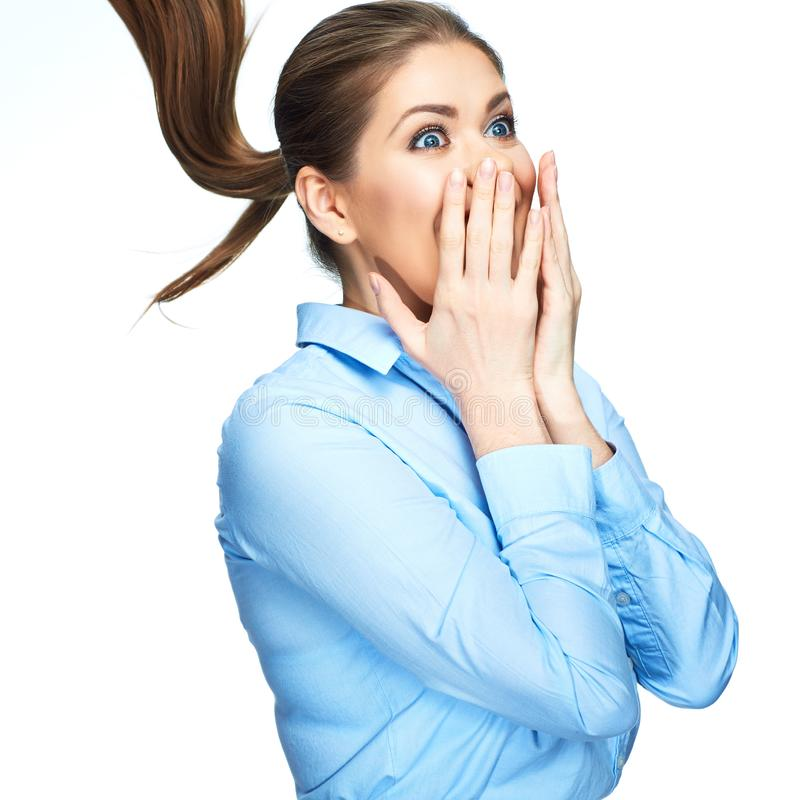 Retrato da mulher de negócio surpreendente Isolado no backgro branco imagem de stock royalty free