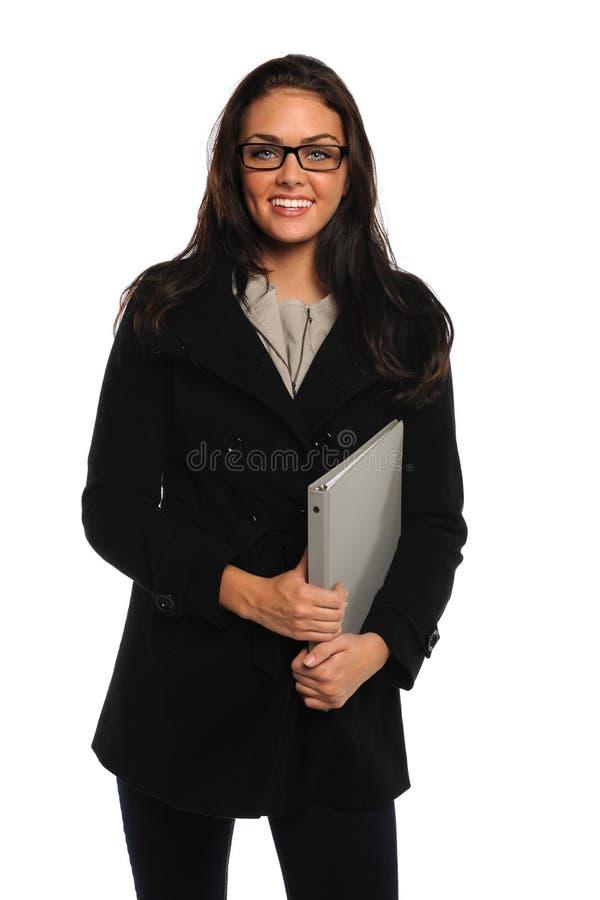 Retrato da mulher de negócios que guardara a pasta fotos de stock