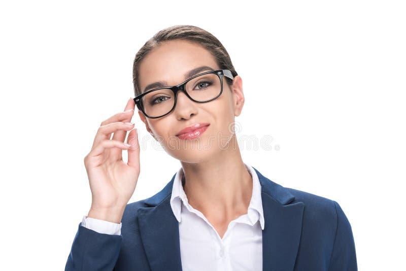 retrato da mulher de negócios de sorriso atrativa nos monóculos, fotos de stock