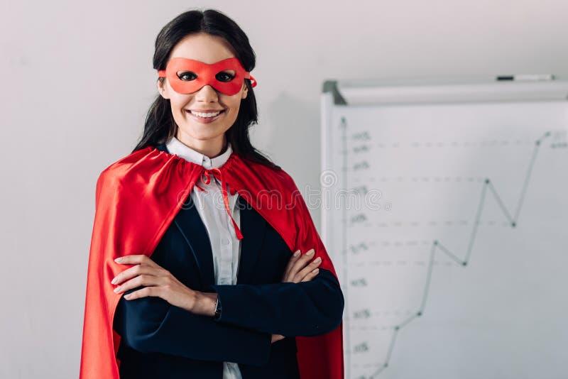 retrato da mulher de negócios super atrativa de sorriso fotos de stock