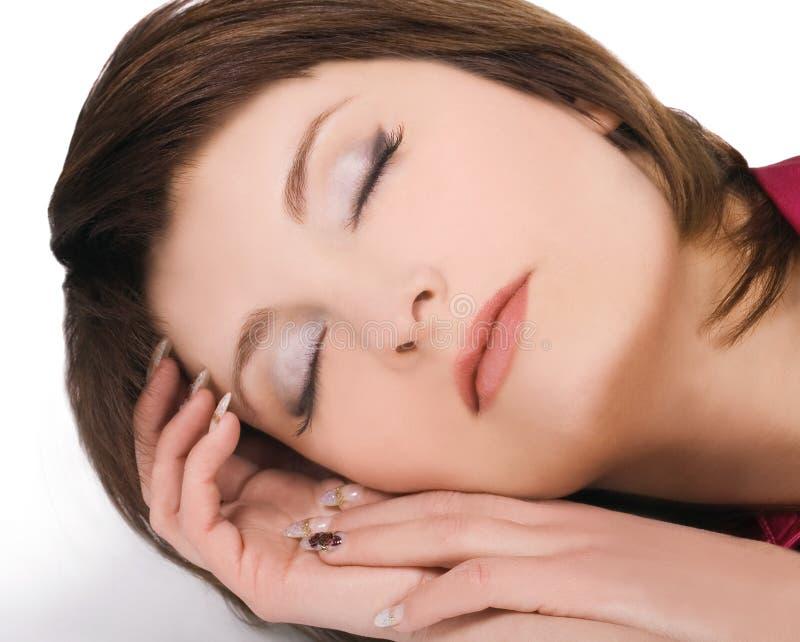 Retrato da mulher de sono nova encantadora fotografia de stock