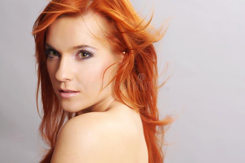 Retrato da mulher do redhead foto de stock