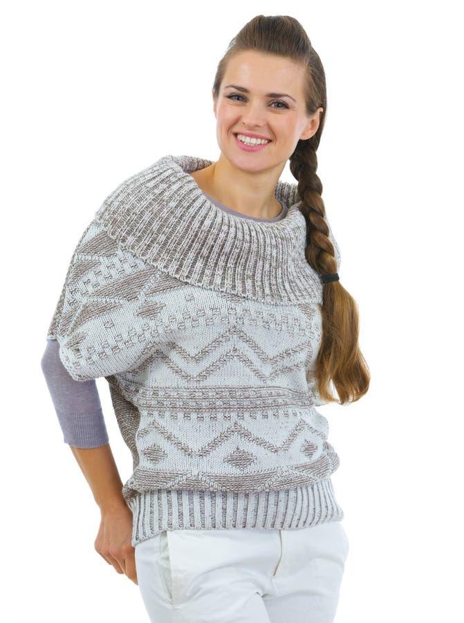 Retrato da mulher feliz na camisola fotografia de stock royalty free