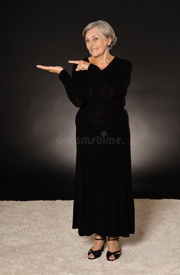 Retrato da mulher idosa foto de stock