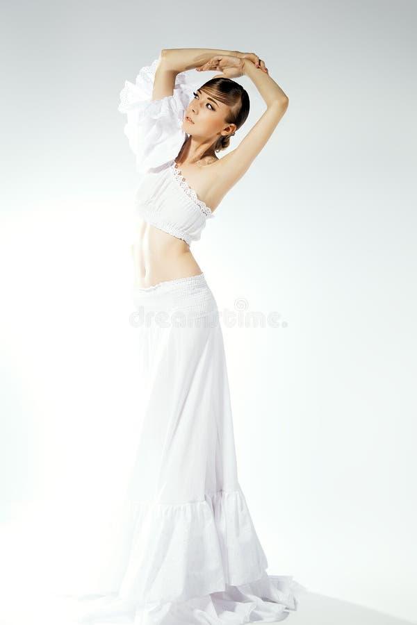 Retrato da mulher no vestido de casamento. Composição profissional imagem de stock royalty free