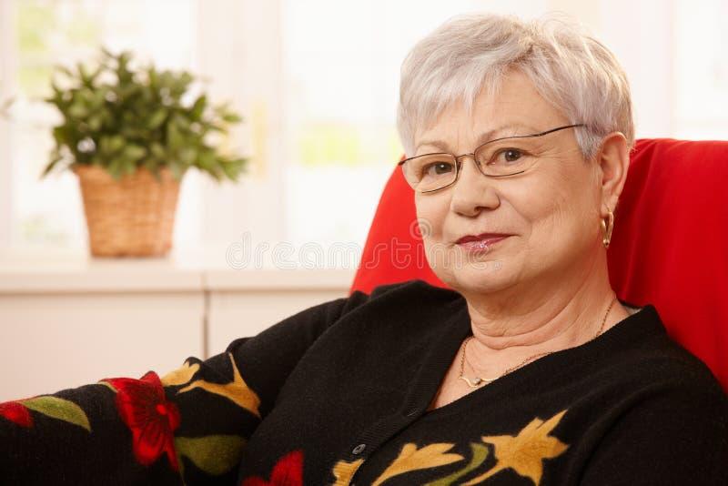 Retrato da mulher sênior imagens de stock