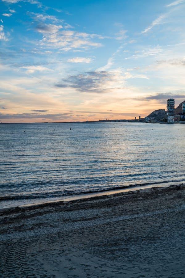 Retrato da praia de Albufereta imagens de stock royalty free