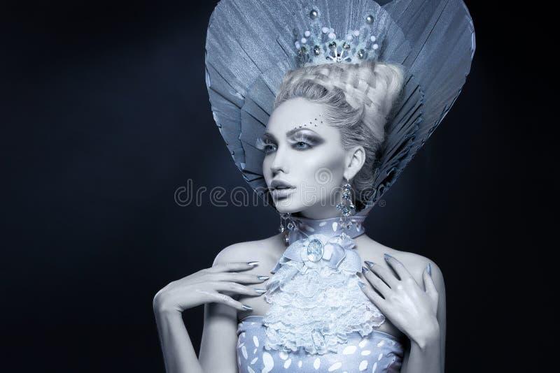 Retrato da rainha do inverno foto de stock