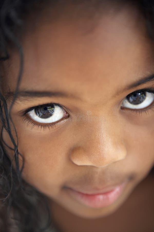 Retrato da rapariga tímida fotografia de stock royalty free