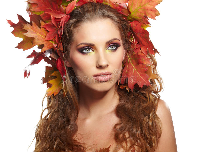 Retrato de Autumn Woman no branco imagem de stock royalty free