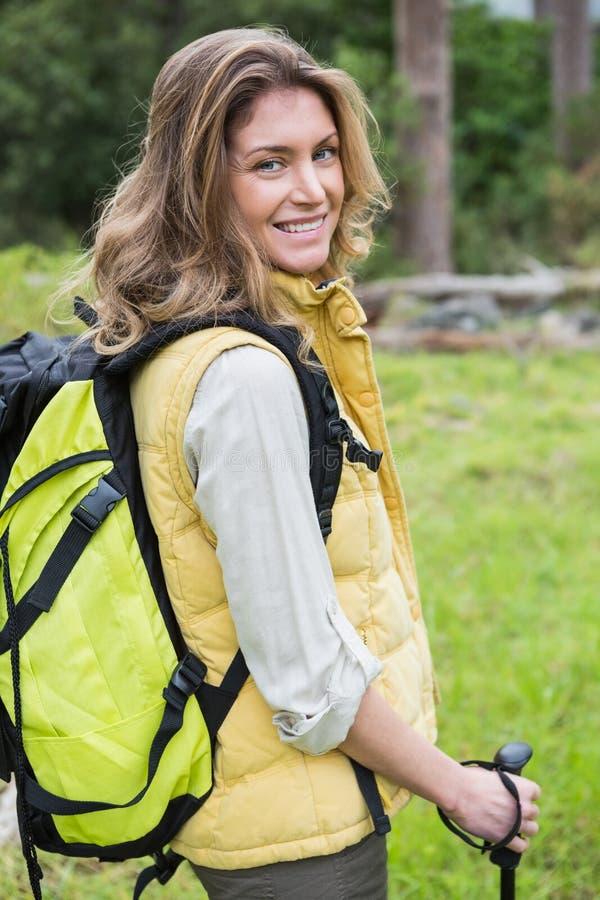Retrato de caminar nórdico de la mujer imagen de archivo libre de regalías