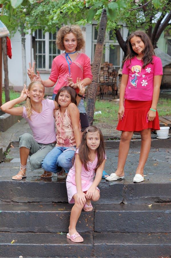 Retrato de chicas jóvenes imágenes de archivo libres de regalías