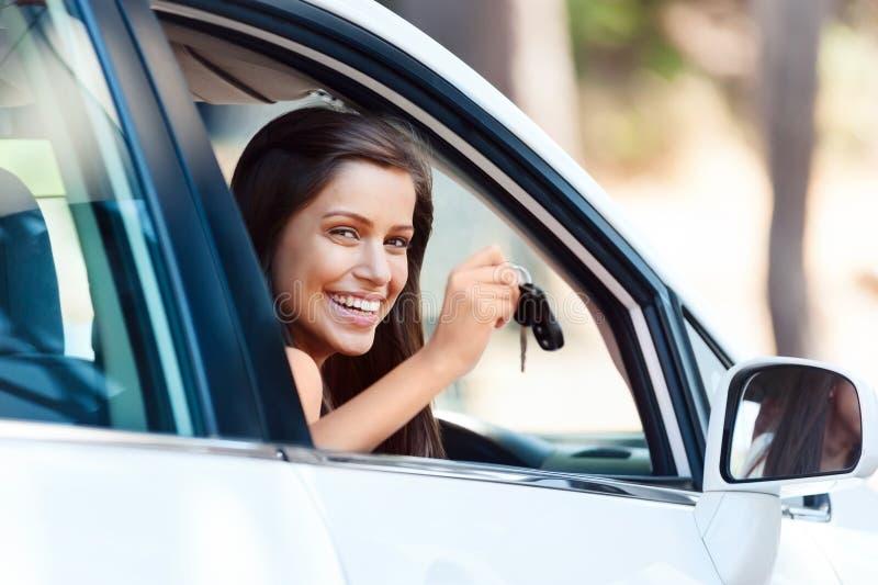 Retrato de condução feliz foto de stock