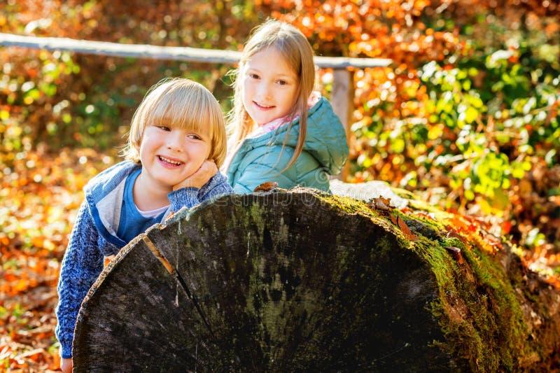 Retrato de crianças bonitos imagem de stock royalty free