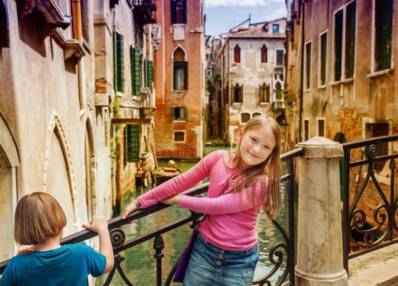 Retrato de crianças bonitos foto de stock royalty free