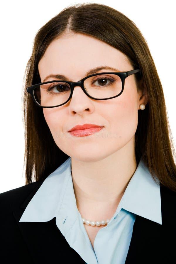 Retrato de eyeglasses desgastando da mulher de negócios foto de stock
