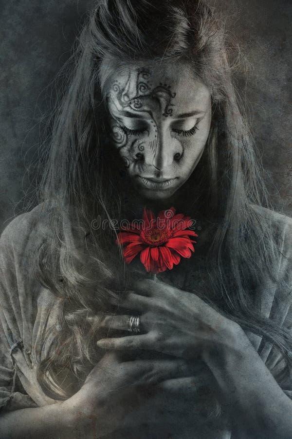 Retrato de Fineart da menina com flor imagem de stock